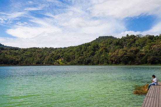 Tomohon, Endonezya: the lake