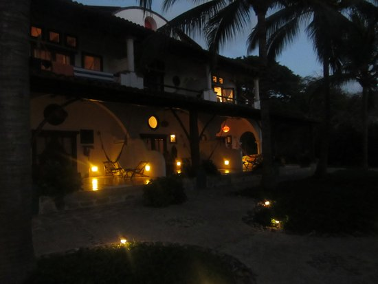 Troncones, Mexico: These are suites taken from oceanside
