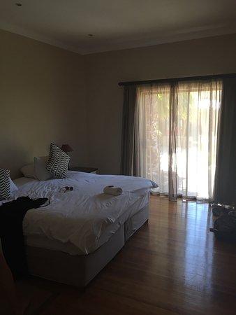 伊巴夏爾鎮飯店照片