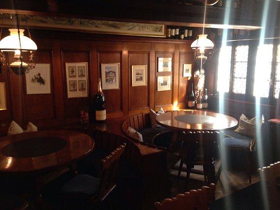 Elsie's Bar: Elsies restaurant Zermatt