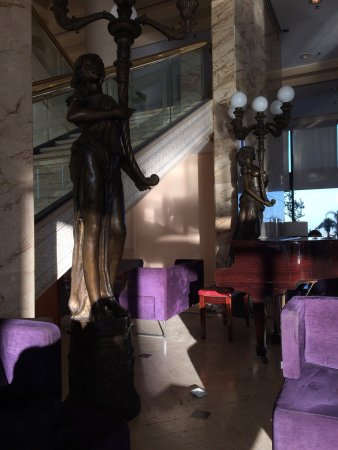 Hilton Alger: photo4.jpg