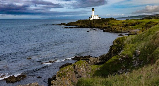 Turnberry, UK : The fantastic situation of the Halfway House