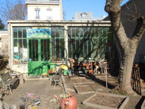 Atelier Du C P N Picture Of Jardin Catherine Laboure Paris