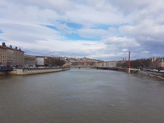 Meyzieu, Francia: Traversée de la Saône à Lyon