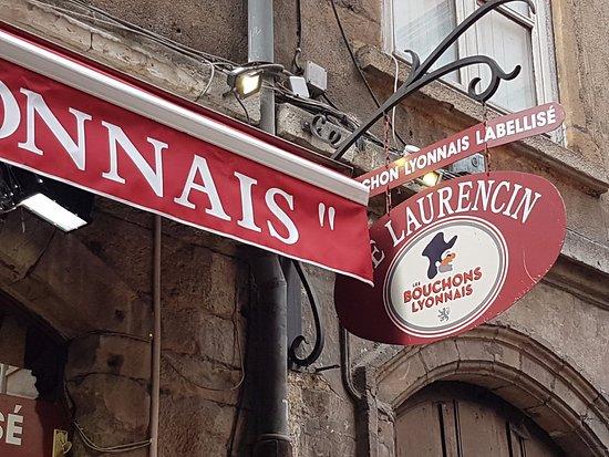 Meyzieu, Francia: Ne jamais manquer le bouchon lyonnais