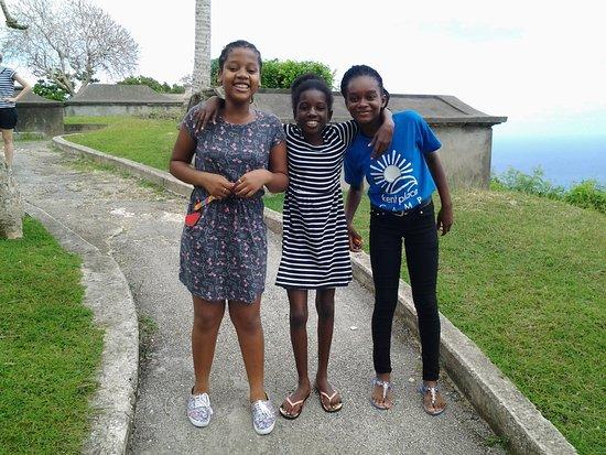 Union Hall, Barbados: Lustige Schülerinnen