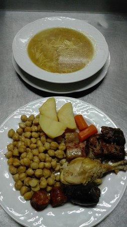 Caravaca de la Cruz, สเปน: Nuestra cocina os ofrece todos los Miércoles cocido madrileño