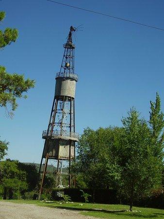 Capilla del Monte, Argentinië: La torre que segun la leyenda es un diseño de Gustave Eiffel