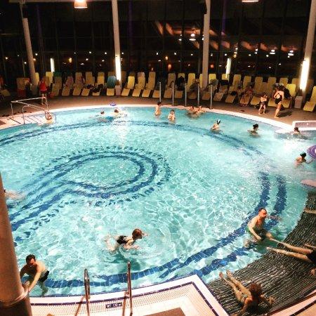 Piscina coperta foto di cron4 brunico tripadvisor for Piani di piscina coperta
