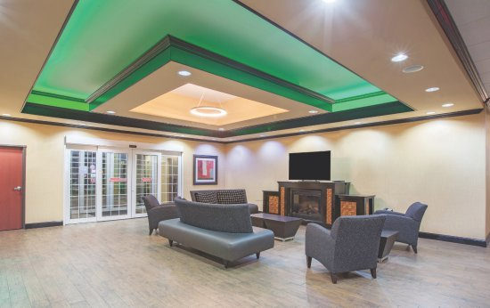 Jacksonville, تكساس: Hotel Lobby