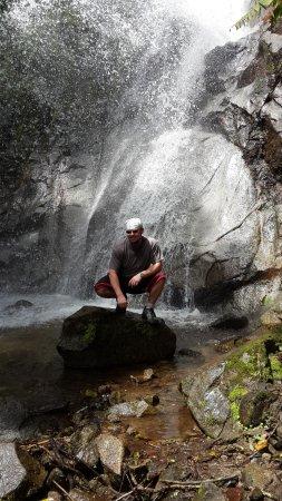 Hostal El Arbolito: Cascada en Intag