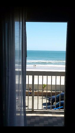 Holiday Inn Hotel & Suites Daytona Beach: View from my balcony