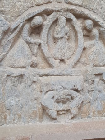 San Juan de la Pena, Hiszpania: que contaran esos grabados?
