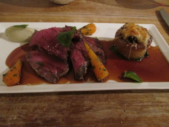 Montgomery, UK: Grilled Fillet of Celtic Pride Beef
