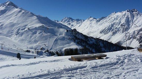 Ischgl, Österreich: Rest. Vider und  Terrasse