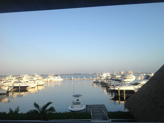 Legacy Harbour Hotel & Suites: View of marina from suite.