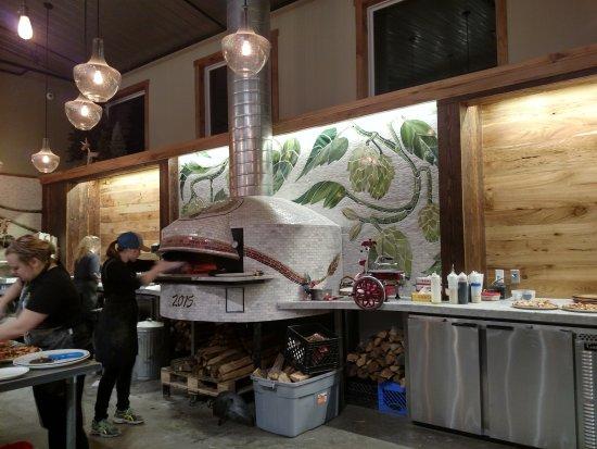 Menomonie, WI: Wood-fired oven