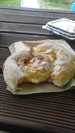 Picton Village Bakkerij: Breakfast pastry