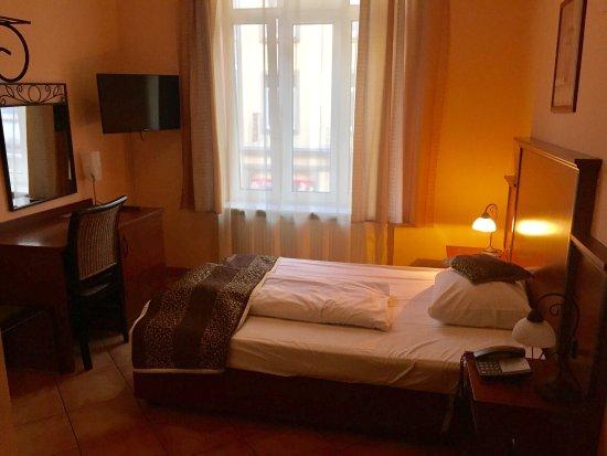 City Hotel-West: photo0.jpg