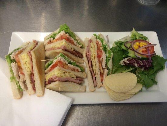 Dartford, UK: Best club sandwichh around!