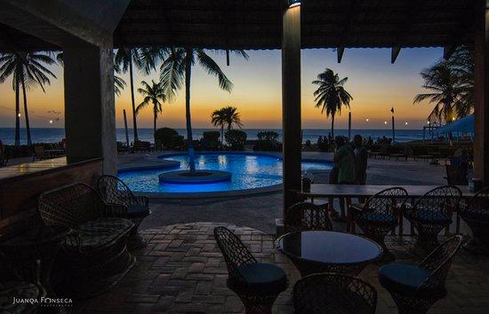 Hotel Iguanazul: Vista desde el Bar