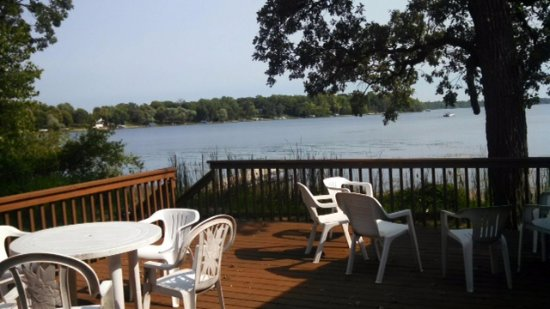 Alexandria, MN: Come early in the summer and enjoy the lake view