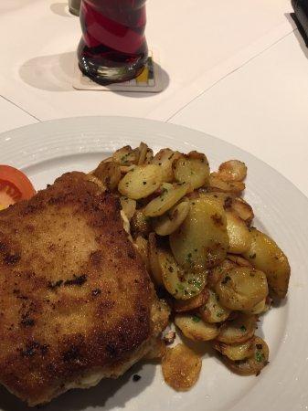 Immenstadt im Allgau, Alemania: Cordon bleue at the restaurant