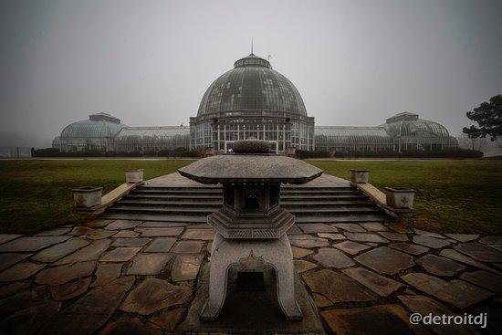 Belle Isle Park: Scripps Conservatory