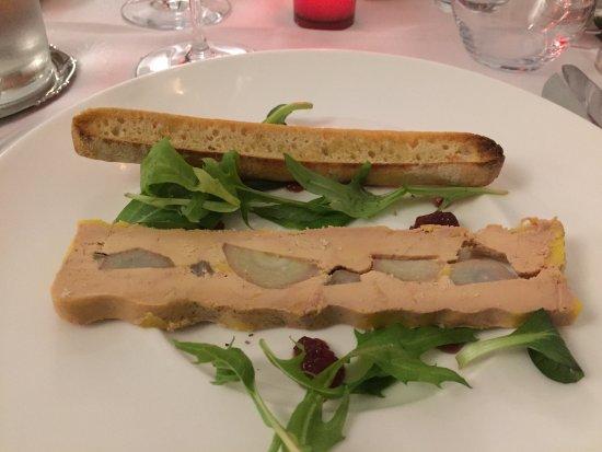 Flayosc, Francja: Comme d habitude jamais déçus . Excellent repas pour la St Valentin,aussi bien pour la présentat