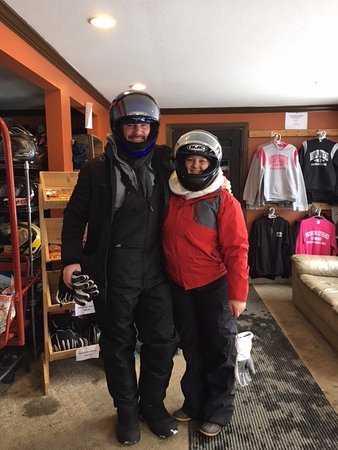 Bartlett, NH: rented outfits