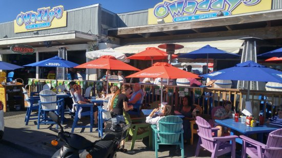 Gulfport, Floryda: great patio and bar near beach