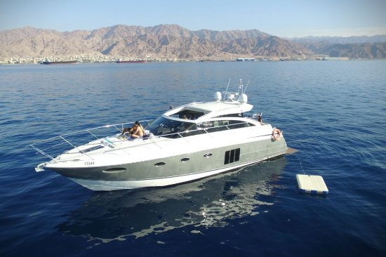 Escape - Luxury Charter