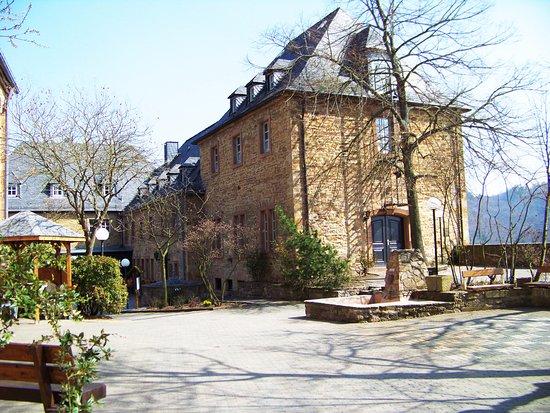 Bad Munster am Stein-Ebernburg, Tyskland: Burghof