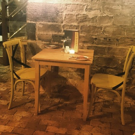 Leek, UK: Quaint dining experience at Silken Strand
