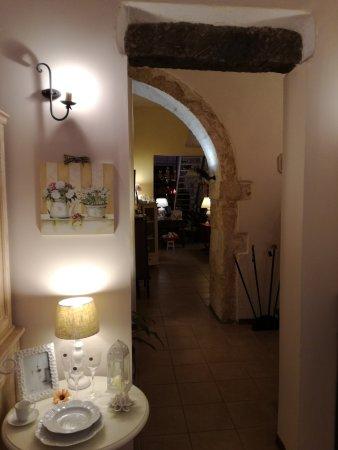 Vittoria, Italy: Un negozio tutto da scoprire.