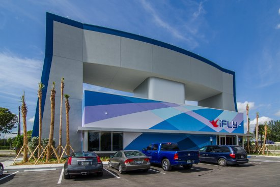 iFLY Indoor Skydiving - Fort Lauderdale