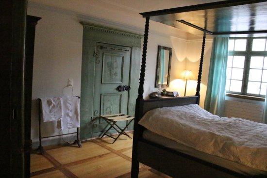 Gasthof zum Hirschen: 300年前の寝室を再現