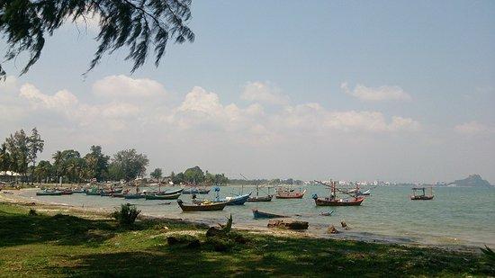 Prachuap Khiri Khan, Tailandia: กองบิน 5