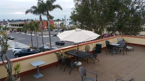 ‪‪La Jolla Village Lodge‬: Roof Top Patio on 3rd floor‬