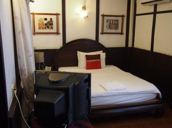 New Lao Paris Hotel-bild