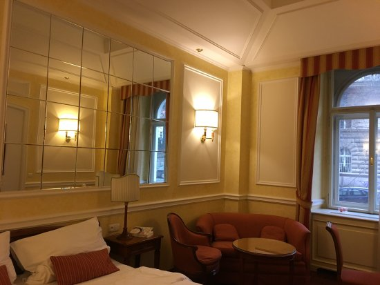 BEST WESTERN Hotel Kinsky Garden Foto