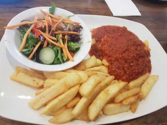 Altona, Australia: Lasagna with chips and salad