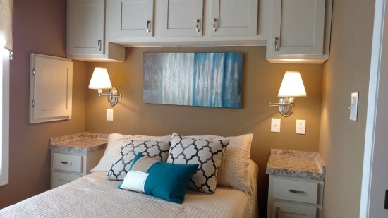 Sherrills Ford, Kuzey Carolina: Tiny House Bedroom
