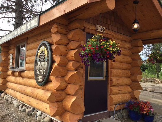Ely, MN: Log Cabin Coffee