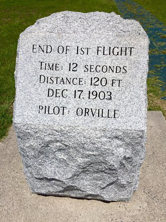 Kill Devil Hills, NC: Marker for the end of first flight