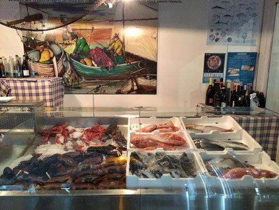Zio Pesce Restaurant Officina di Mare Lecce: scenografico e buonissimo