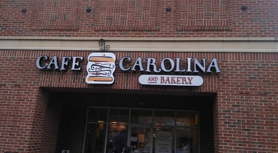 Cafe Carolina & Bakery: front entrance