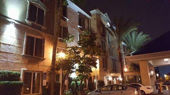 Ayres Hotel Anaheim: photo1.jpg