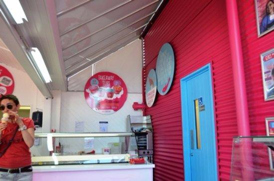 L\'intérieur - Picture of Pride & Joy Ice Cream, Auckland Central ...