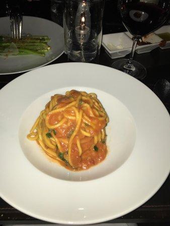 Scarpetta : Tomato-Basil pasta taste so good!